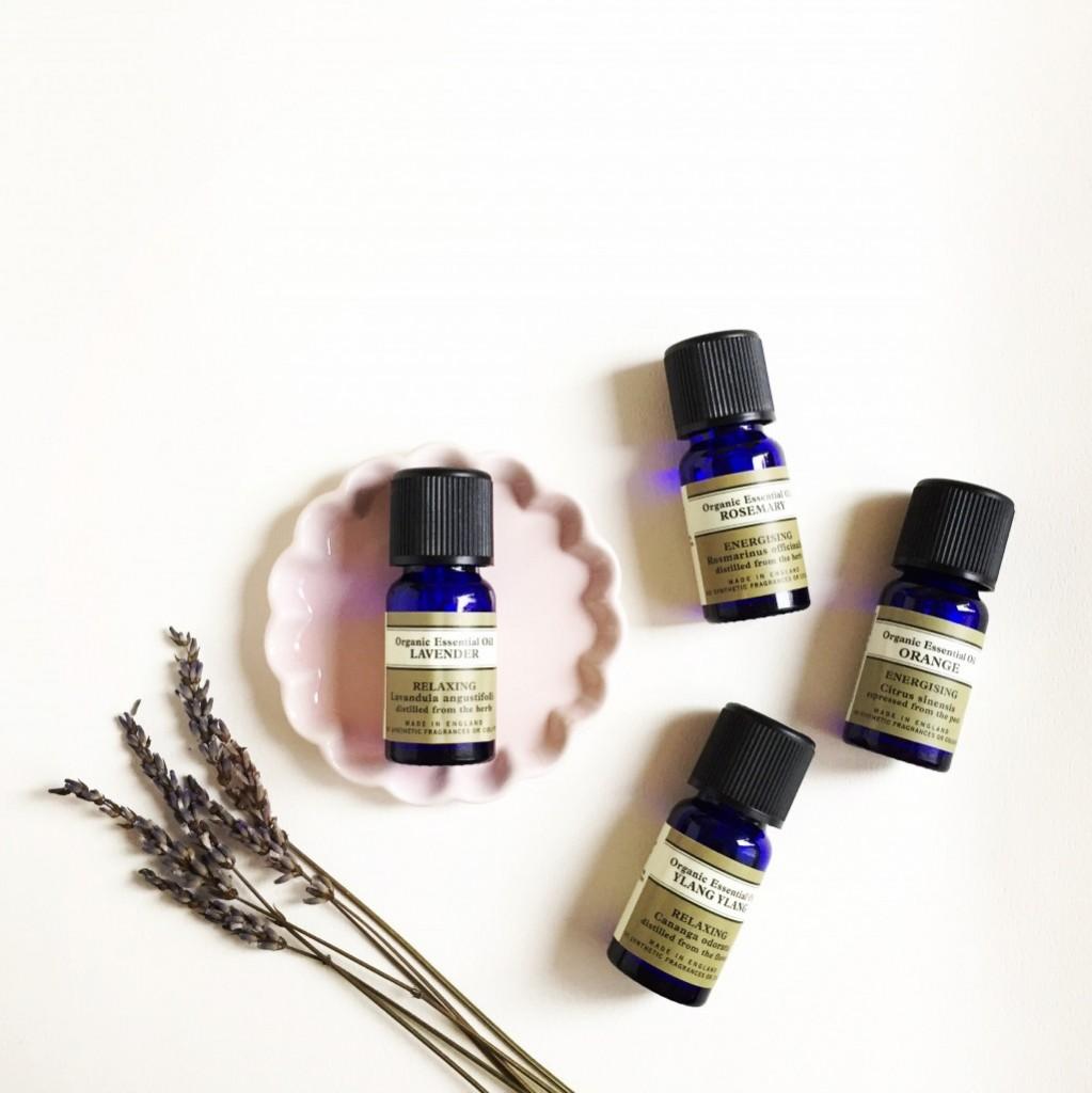 essential-oils-160312